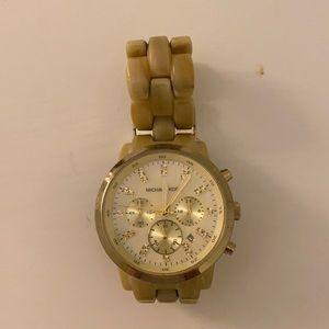 Light tortoise shell watch